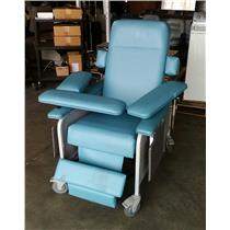 Custom Comfort Medtek Bariatric Donor Recliner Model Chair