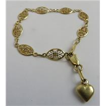 18k Yellow Gold Link / Chain Bracelet W/ Heart Charm  - 4.56g Total Weight