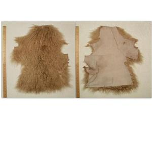 Half pelt pale blonde B seamed Tibetan lambskin 24614