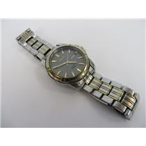 Seiko Solar V158-0AD0 Gray Dial W/ Silver-Tone Stainless Steel Band Mens Watch
