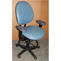 ***LOCAL PICK-UP ONLY*** Steelcase Blue 4537331DPS Adjustable Office Chair