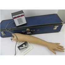 Nasco / Life Form LF1021 Blood Pressure Simulator W/ Case - TESTED & WORKING