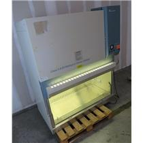 Forma Scientific 1184 Class II A/B3 4' Biological Safety Cabinet - POWERS ON