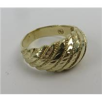 10k Yellow Gold Ring Size 6 Stamped - 10k - 4.42g Total Weight