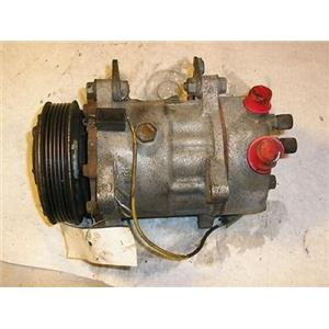 AC Compressor For 1992 Volvo 960, 2.9l (6 Groove) (Used)