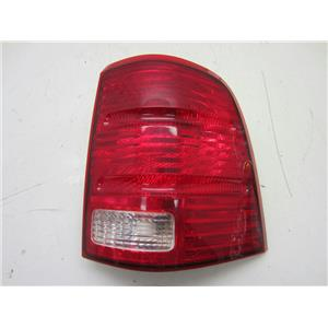 FOR 2002-2005 FORD EXPLORER RIGHT HAND SIDE TAILLIGHT