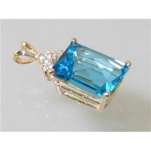 P042, Swiss Blue Topaz 14k Gold Pendant