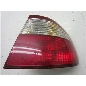 FOR 1998-2000 DAEWOO LANOS RIGHT HAND TAILLIGHT