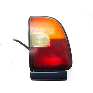 FOR 1996-1997 TOYOTA RAV-4 RIGHT HAND SIDE TAILLIGHT