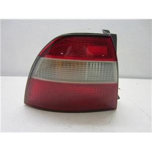 FOR 1994-1995 HONDA ACCORD LEFT HAND SIDE TAIL LIGHT