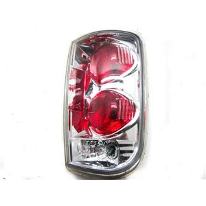 FOR 1995-2004 CHEVROLET S-10 BLAZER RIGHT HAND SIDE TAILLIGHT