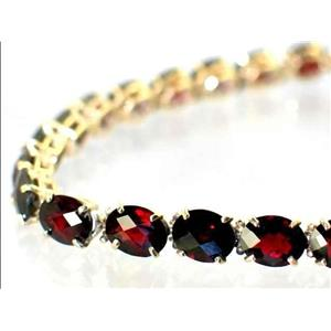 B003, Mozambique Garnet Gold Bracelet
