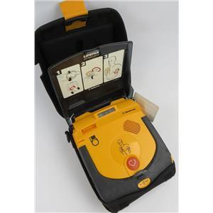Medtronic 3200731-009 LifePak CR Plus AED Defibrillator W/ Battery & Soft Case