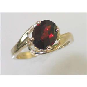 R186, Mozambique Garnet, Gold Ring