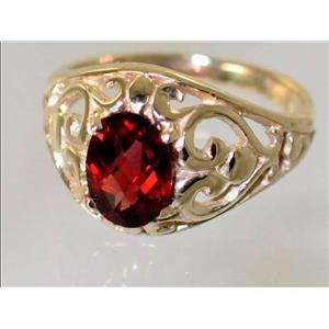 R111, Mozambique Garnet, Gold Ring