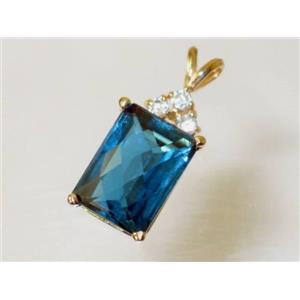 P042, London Blue Topaz 14k Gold Pendant