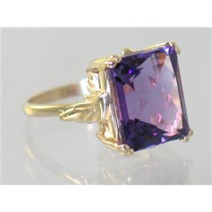 R188, Amethyst, Gold Ring