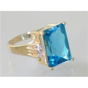 R201, Swiss Blue Topaz, Gold Ring